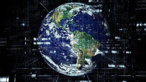 Musk obiecuje, że internet Starlink zwiększy szybkość do 300 Mb/s