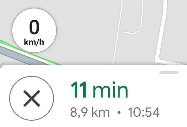 Prędkościomierz w Mapach Google.