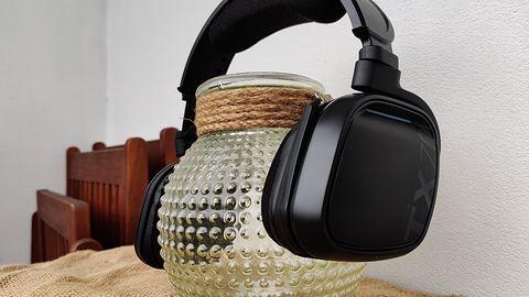 Gioteck TX70 - pełne sprzeczności, bezprzewodowe słuchawki dla graczy