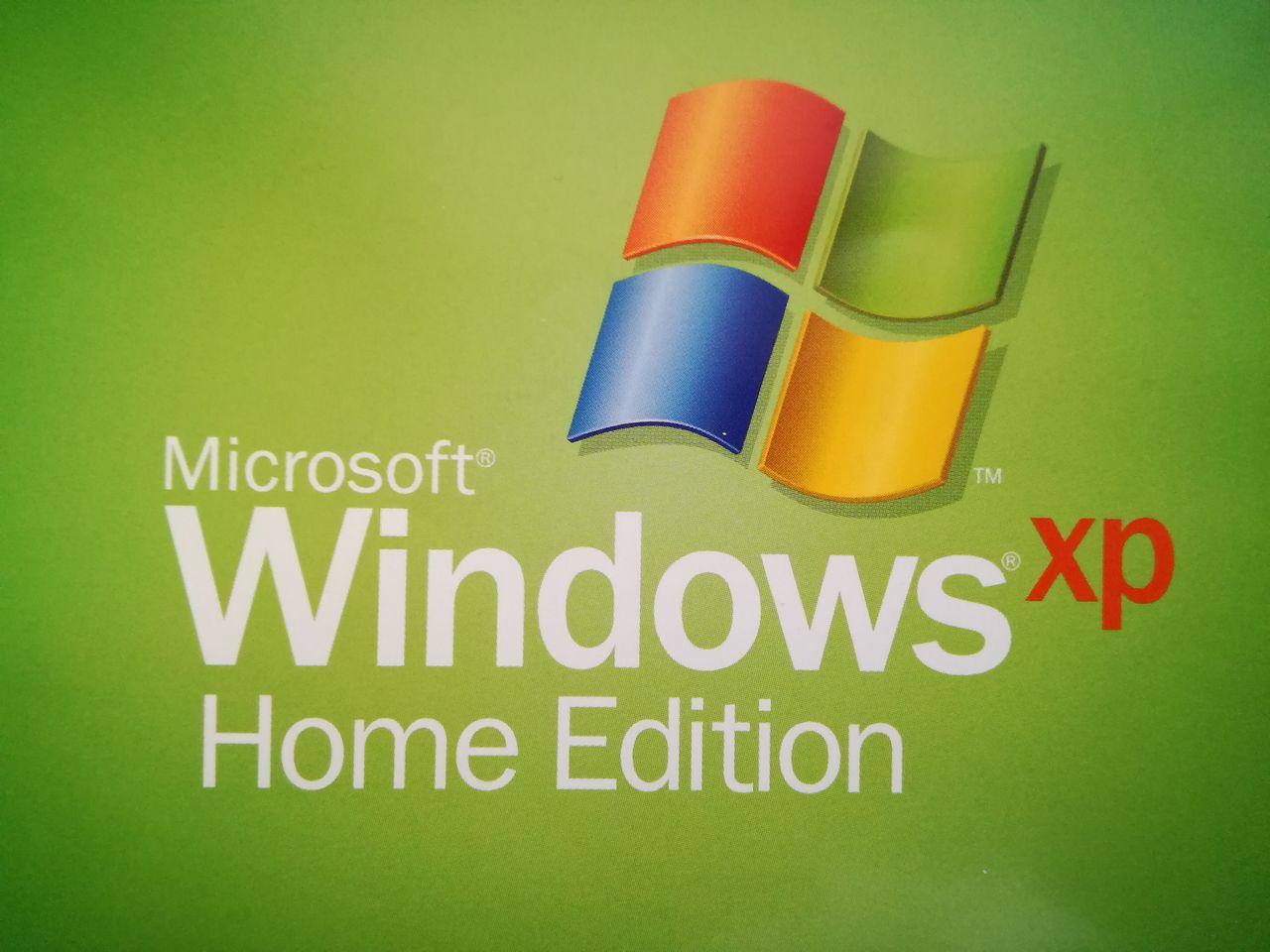 Windows XP w 2018 — w tym szaleństwie jest metoda - Za każdym razem jak na to patrzę, słyszę charakterystyczny dźwięk logowania ;)