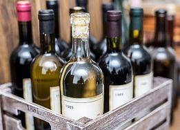 Co się stanie, jeżeli będziesz pić lampkę wina dziennie?