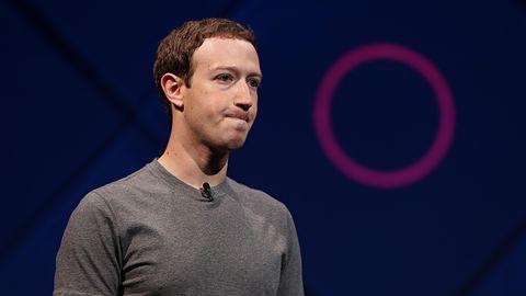 """Facebook nie będzie """"zawsze darmowy""""? Obietnica znika z serwisu"""