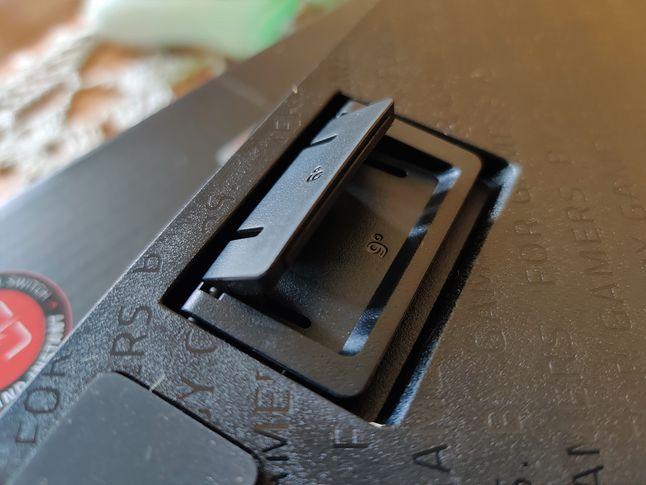 Nóżki na płasko lub z 6 i 9-stopniami nachylenia