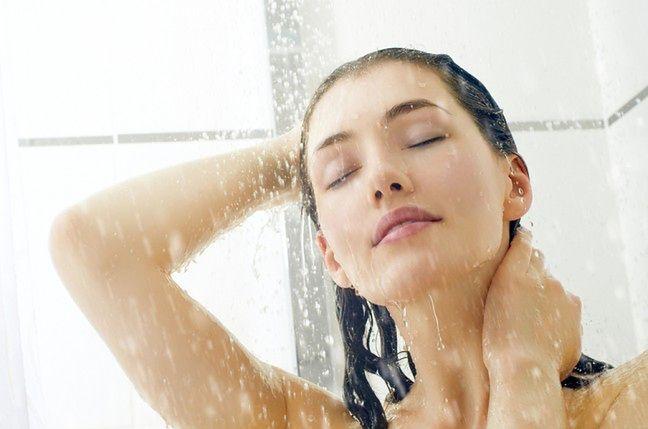 Chłodniejsza woda pod prysznicem
