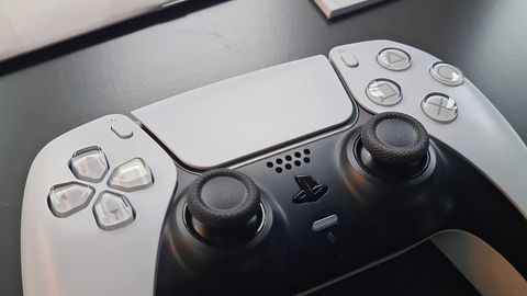 Matko bosko, kto to tak zaprojektował. PlayStation 5: test i recenzja
