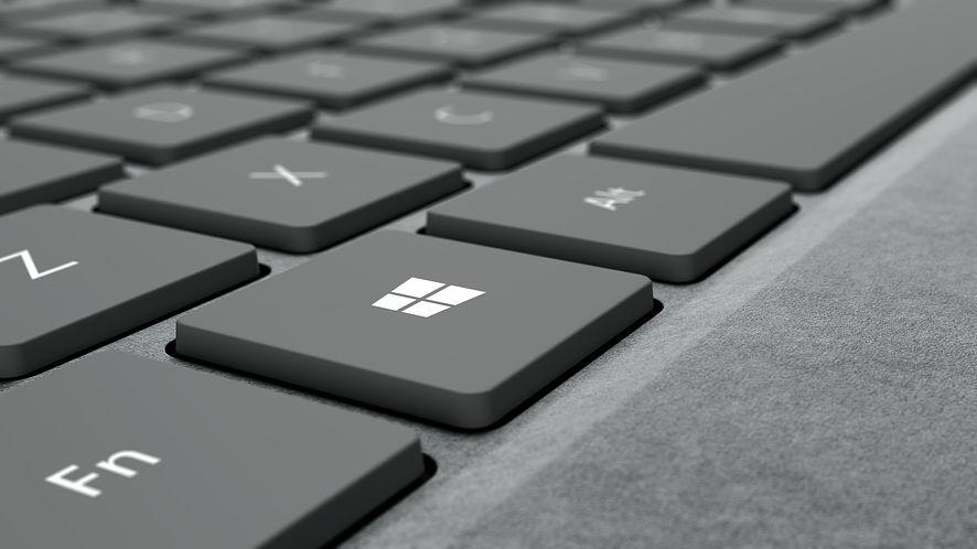 Microsoft wydał nowe aktualizacje dla Surface Booka 2, fot. Microsoft