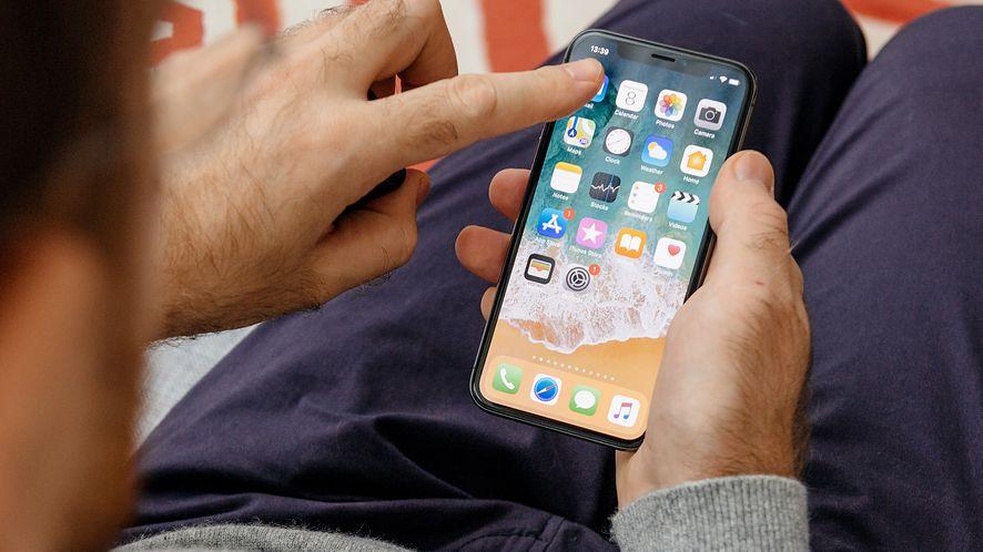 Luka w FaceTime pozwala zobaczyć i usłyszeć rozmówcę przed odebraniem połączenia (depositphotos)