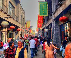 Chińskie kobiety noszą w torebkach… miotacze ognia