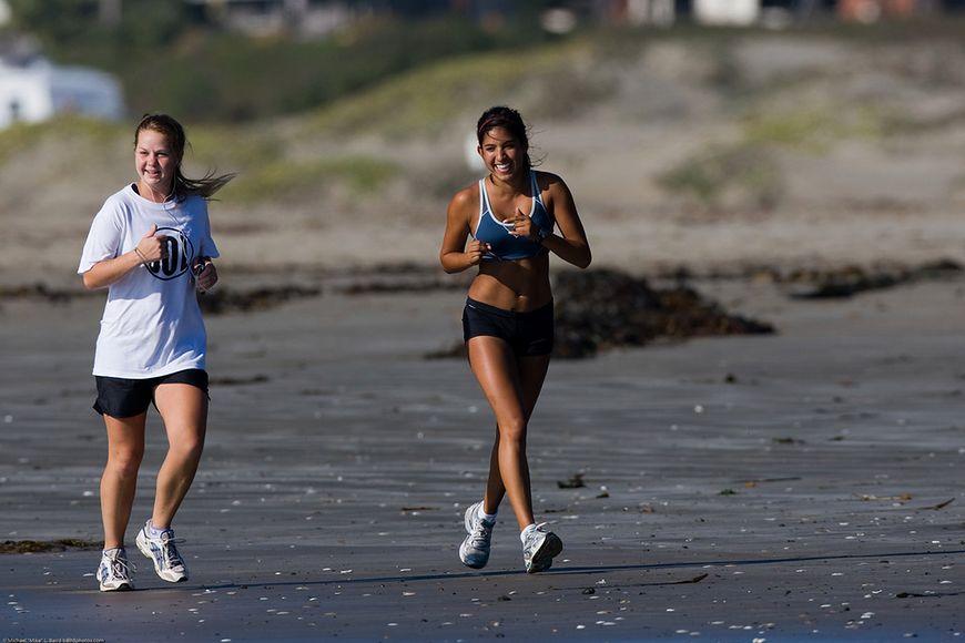 Jogging - jogging na plaży