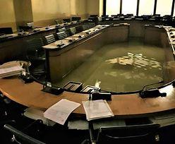 Wenecja. Radni odrzucili uchwałę ws. ochrony klimatu. Po chwili sala obrad została zalana