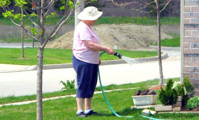 Ćwiczenia bez wysiłku - praca w ogrodzie