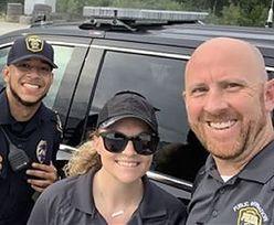 Martwe niemowlę odnalezione. Selfie uśmiechniętych policjantów wywołało skandal