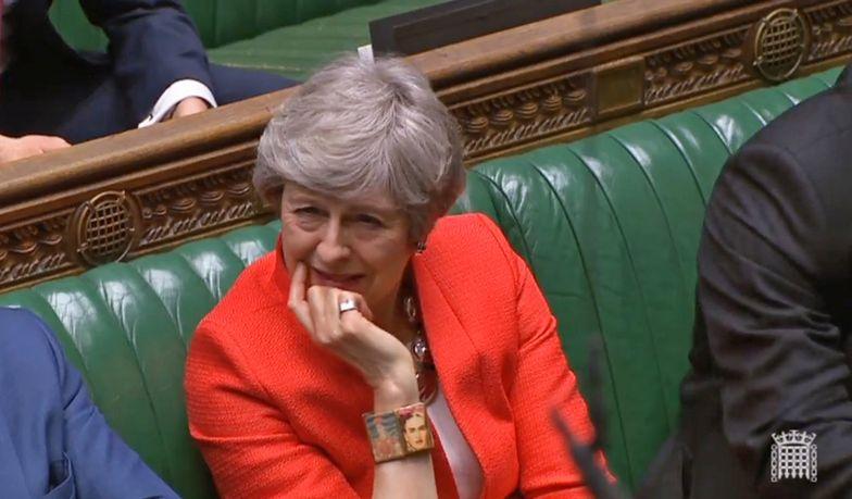 Theresa May poniosła kolejną dotkliwą porażkę w parlamencie
