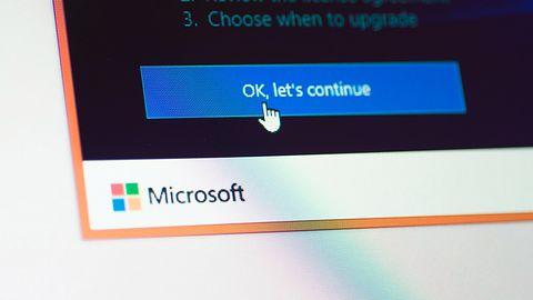 Windows 10 znów instaluje aktualizacje bez zgody użytkowników