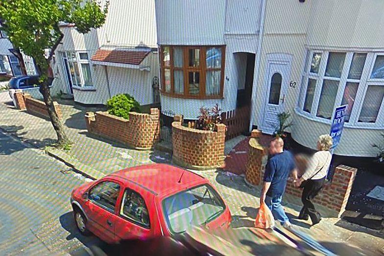 Wzruszające odkrycie na Google Maps. To jego rodzice. Teraz nie żyją