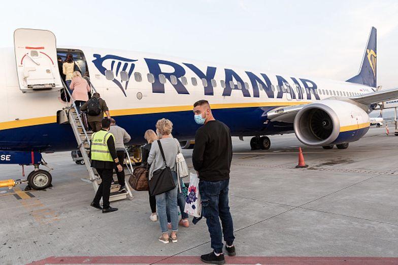 """Samolot Ryanair nie zabrał 46 pasażerów z lotniska w Katowicach. """"Zostaliśmy bezradni"""""""