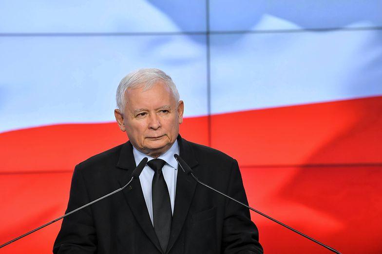 Obraz wywołał burzę. Artysta namalował Jarosława Kaczyńskiego. I nie tylko jego