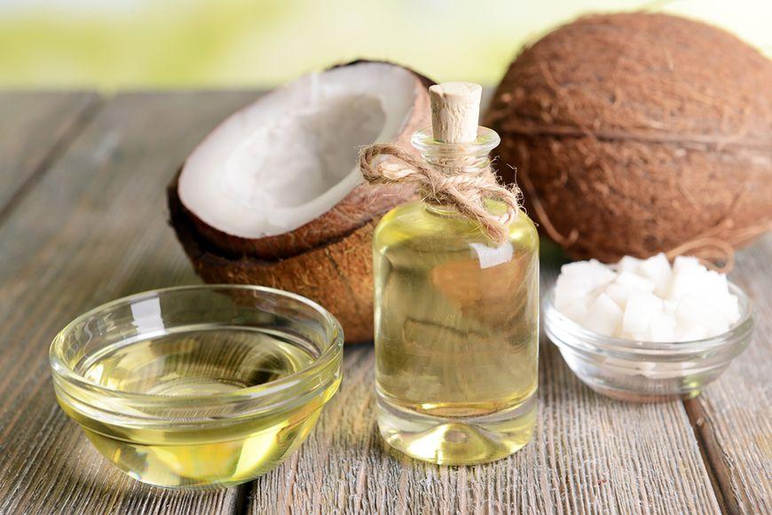 Orzechy i olej kokosowy