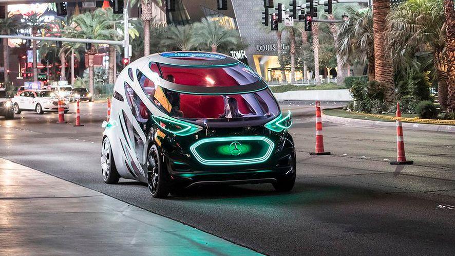 Futurystyczny wygląd i ciekawa funkcjonalność - oto Mercedes-Benz Vision Urbanetic Concept (fot. materiały prasowe)