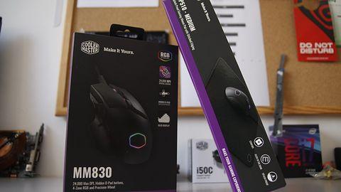 Ekran OLED i D-Pad w jednym. Testuję mysz CM MM830