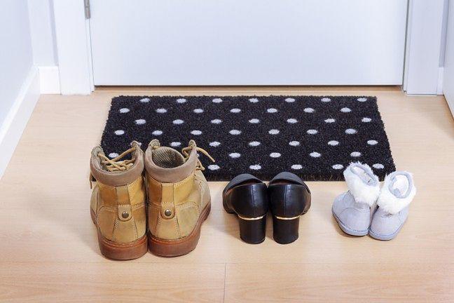Zostawiaj buty przy drzwiach