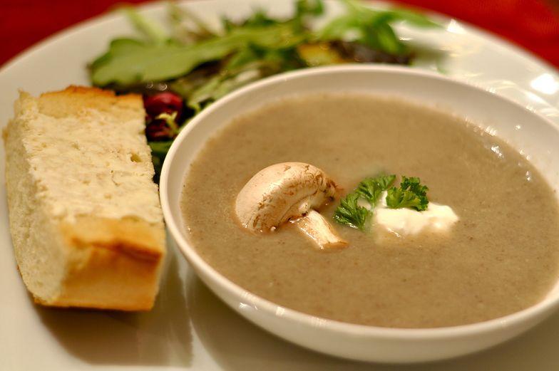 Przepis na zupę z kurkami Magdy Gessler. To prawdziwy hit!