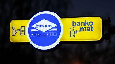 Banki szykują przerwy techniczne. W ten weekend będą spore utrudnienia - EastNews/Artur Szczepanski/REPORTER