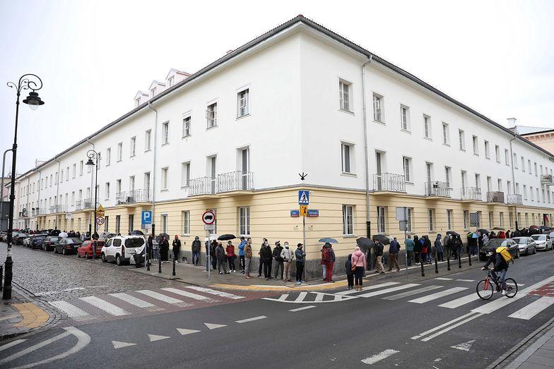 Warszawa. Szczepionki bez rejestracji. Oto co działo się 1 maja