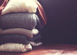 Jak prać swetry? Praktyczny poradnik