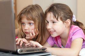 """""""Dorastając online"""", czyli jak zapewnić dziecku bezpieczeństwo w Internecie"""