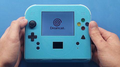 Sega Dreamcast handheld. Nie emulacja, a mocno przerobiona oryginalna elektronika