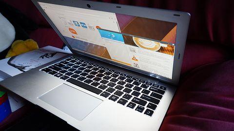 Lekki laptop dla miłośników Linuksa i KDE teraz nieco tańszy i znacznie wydajniejszy