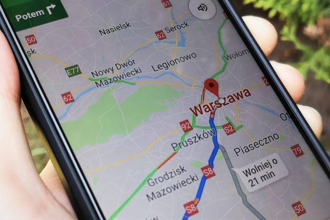 Planowanie trasy w Mapach jest wygodne. Sama nawigacja czasem płata figle, fot. Oskar Ziomek