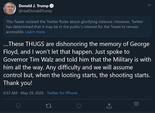 """Wpis Trumpa, który zdaniem Twittera """"gloryfikował przemoc"""" - został ukryty, nie można go polubić ani podać dalej, fot. Jakub Krawczyński"""