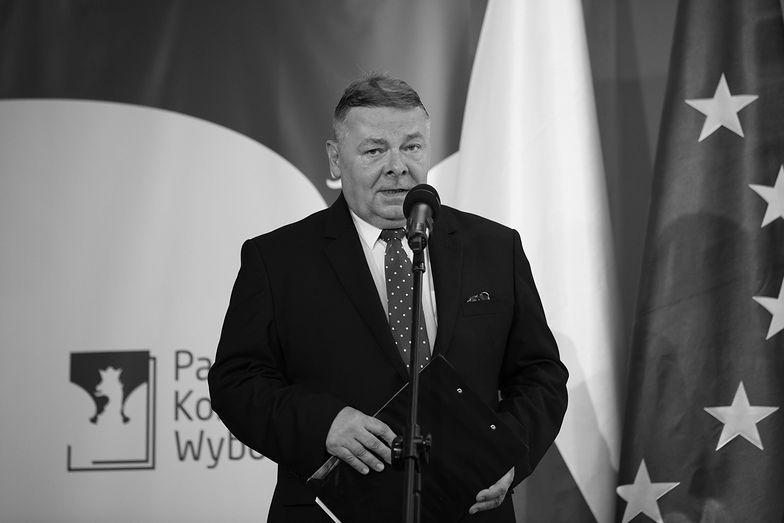 Nie żyje Tomasz Grzelewski. Był rzecznikiem PKW