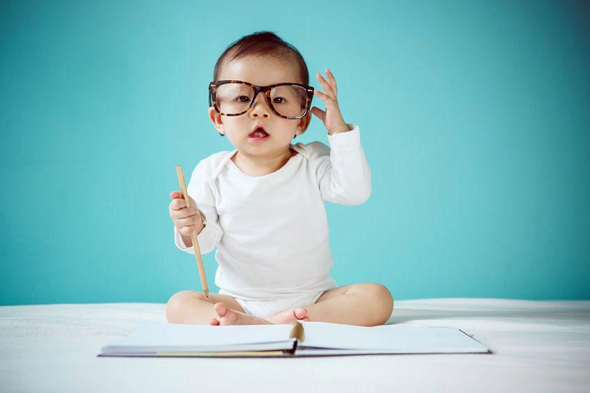 Jak rozwija sie niemowlę?