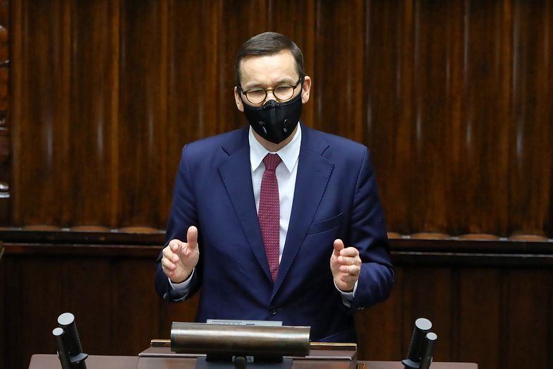 Etapy odmrażania gospodarki. Mateusz Morawiecki szykuje plan. Co zostanie otwarte?