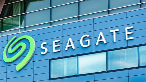 """Seagate nie zamierza porzucać HDD. Pracuje nad """"laserowym"""" modelem o pojemności 50 TB"""