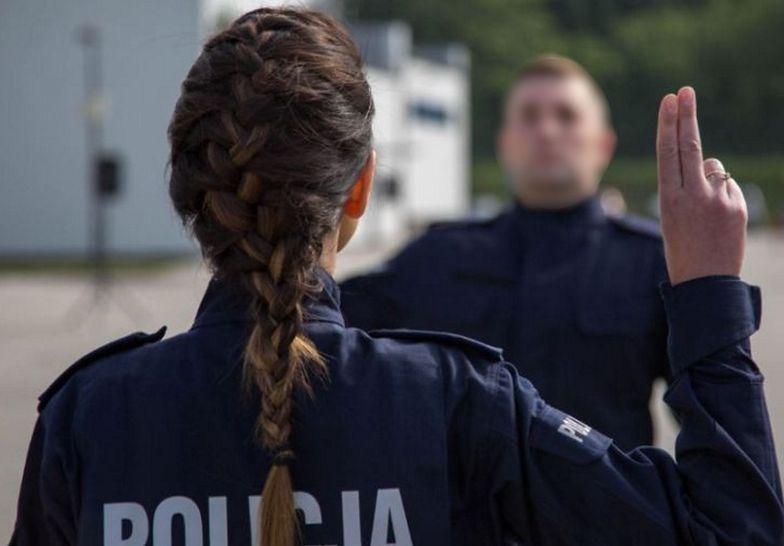 Szok! Policjantka przyłapana na gorącym uczynku