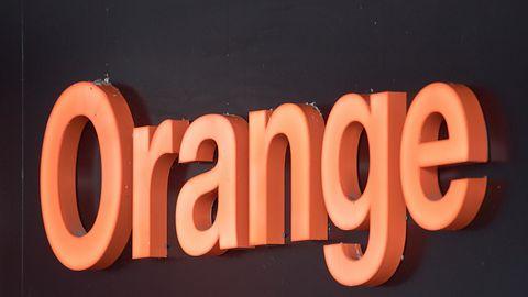 Orange wysyła większość pracowników do domów i wydłuża terminy płatności faktur (aktualizacja)
