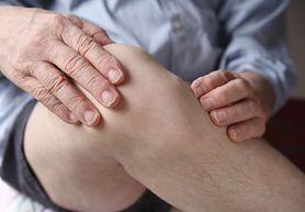 Drętwienie rąk i nóg – kiedy powinniśmy zgłosić się do lekarza?