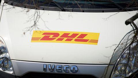 """Uwaga na wiadomości """"od DHL-a"""". Oszuści chcą zdobyć twoje hasło do skrzynki e-mail"""