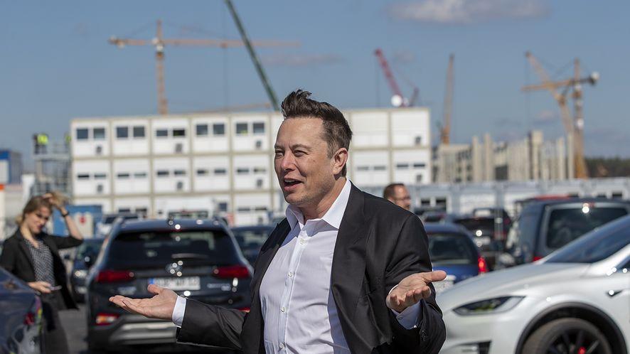 Prezes Neuralink odszedł z firmy Elona Muska