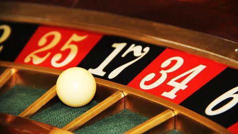 Apple ulega presji mediów: z chińskiego App Store znikają aplikacje związane z hazardem