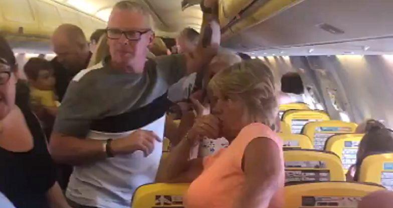 Ryanair rozwścieczył pasażerów. 12 godzin koszmaru w samolocie