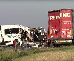 Polski bus rozbił się w Holandii. Kierowca wjechał w ciężarówkę