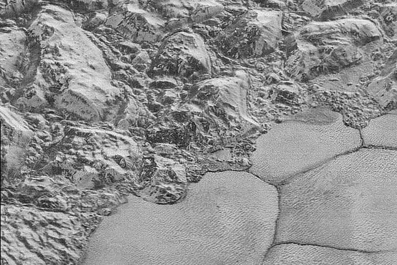 Nowe zdjęcia sondy New Horizons