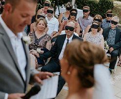 Goście weselni zasłonili oczy. Solidaryzowali się z panną młodą