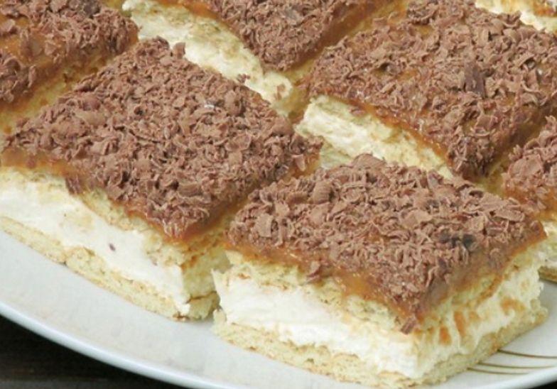 Ciasto krówka bez pieczenia. Błyskawiczny deser gotowy w 10 minut