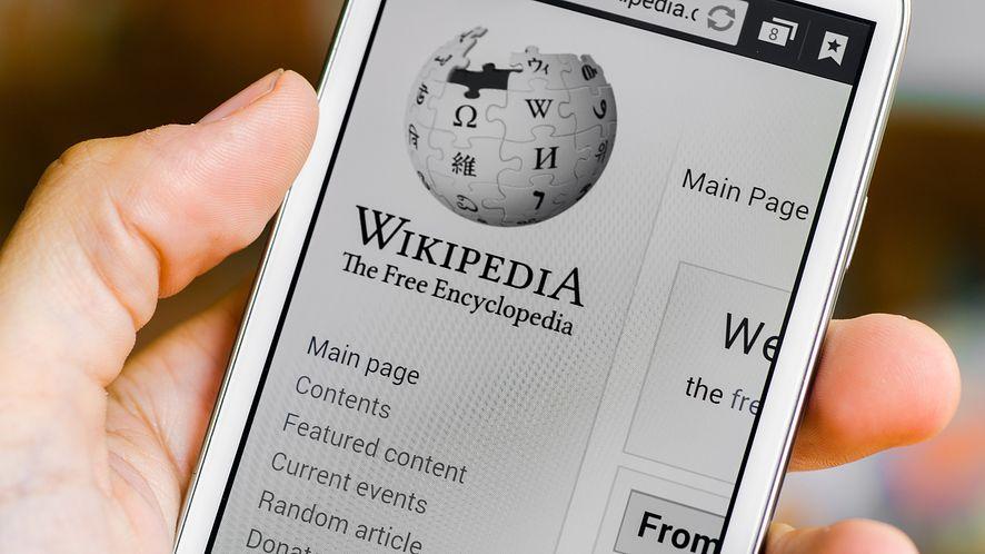 Wikipedia ogłasza współpracę z Google. (depositphotos)